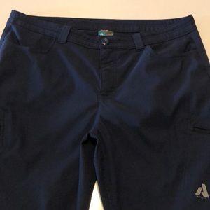 Eddie Bauer Women's size 16 pants navy